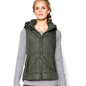 UNDER ARMOUR Coldgear Quilted Hooded  Puffer Vest